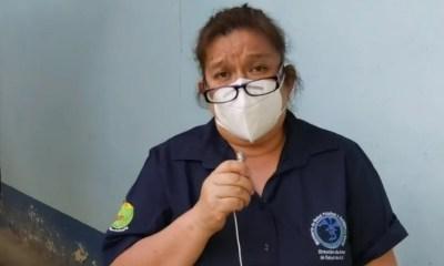 La doctora Lisbeth Cajas, encargada del área de epidemiología de Alta Verapaz, brindó una actualización de casos en el departamento. (Foto: Eduardo Sam)