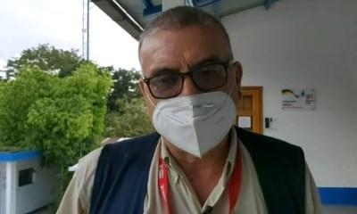El doctor Gabriel Sandoval habla sobre la situación del COVID-19 en el Alta Verapaz, donde será necesario incrementar medidas para evitar más contagios. (Foto: Eduardo Sam)