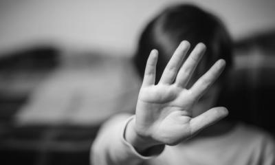 Dos hombres fueron condenados a penas de más de 30 años por abusar de un niño de 11 años. Además por delitos de pornografía infantil. (Foto: Hinterlaces)