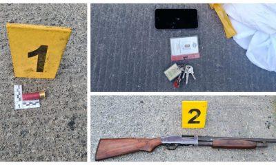 Junto al cadáver del asaltante que cayó abatido quedó una escopeta con la que disparó a la patrulla de la PNC, además de celulares, documentos y billeteras de las víctimas de sus asaltos. (Foto: PNC)