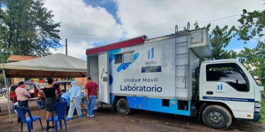 Los laboratorios móviles para COVID-19 del Ministerio de Salud, ha realizado 2 mil 800 pruebas. (Foto: AGN)