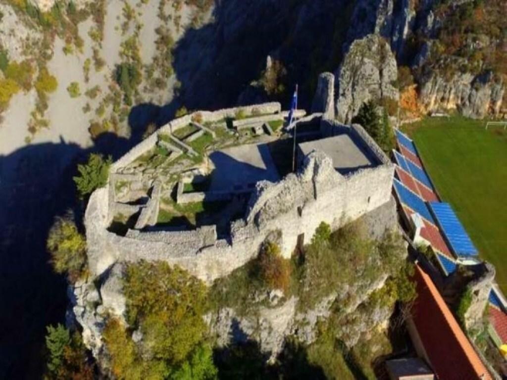 Fortress Topana