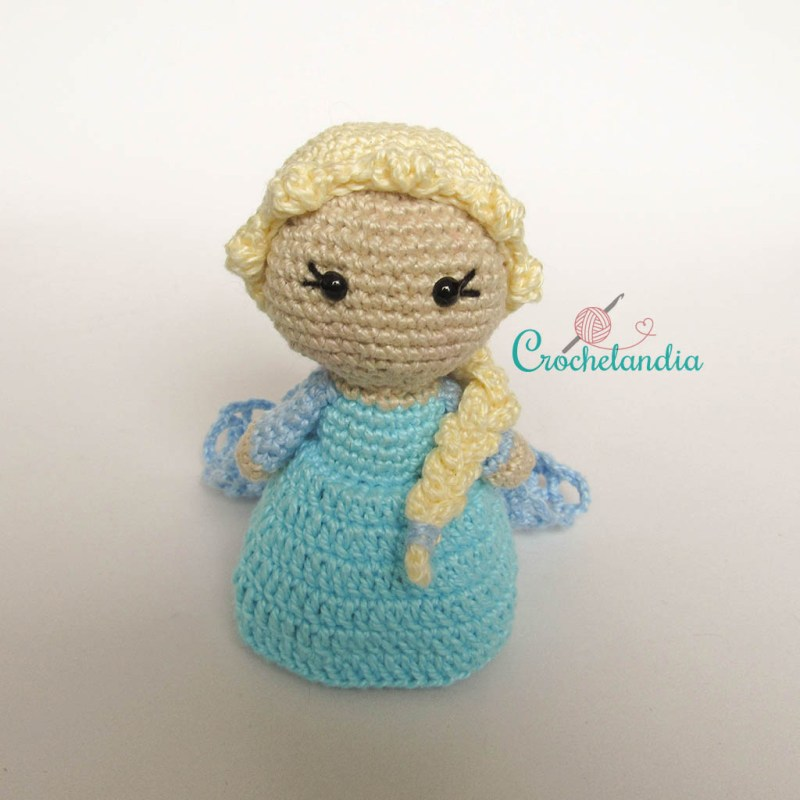 Toy Art Amigurumi Elsa