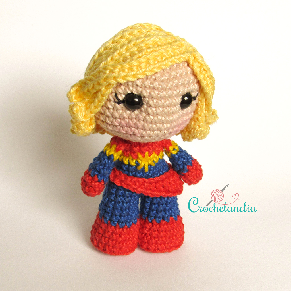 Toy Art Amigurumi Capitã Marvel - by Crochelandia