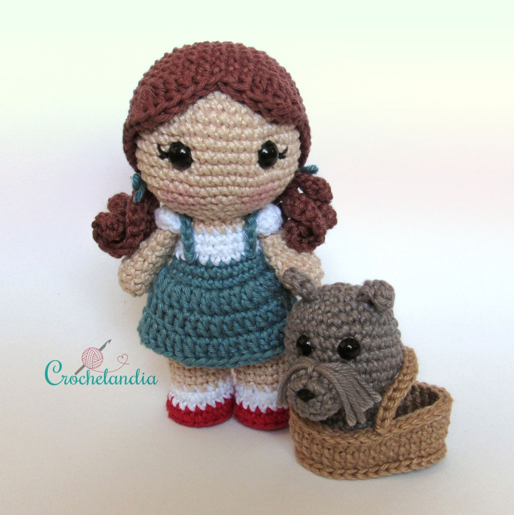 Toy Art Amigurumi Dorothy