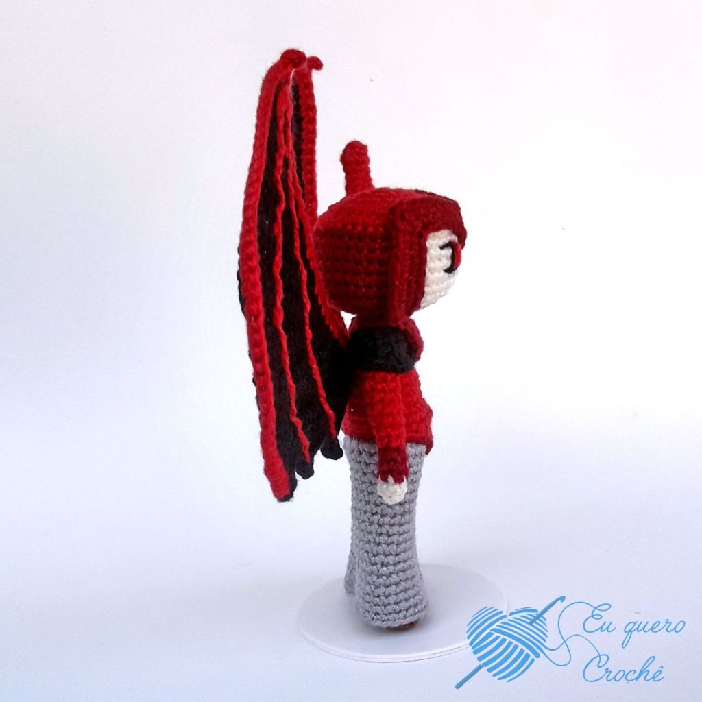 Vingador CD Toy Art amigurumi - By Adriana Gori
