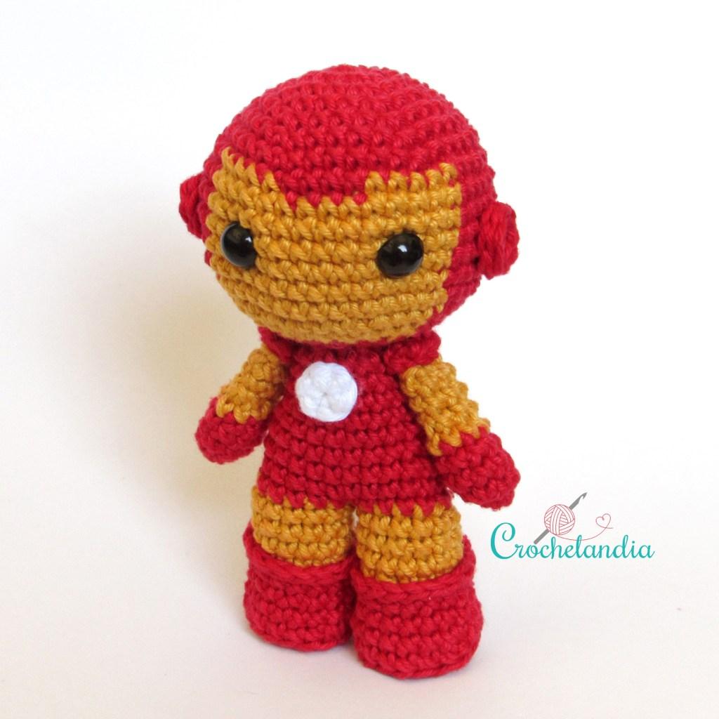 Toy Art Amigurumi Iron Man - by Crochelandia