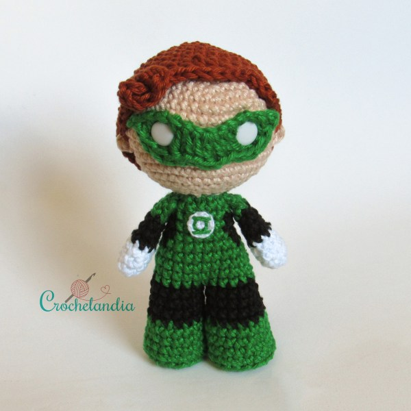 Toy Art Amigurumi Lanterna Verde - by Crochelandia