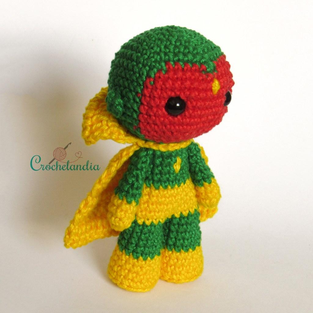 Toy Art Amigurumi Visão - by Crochelandia