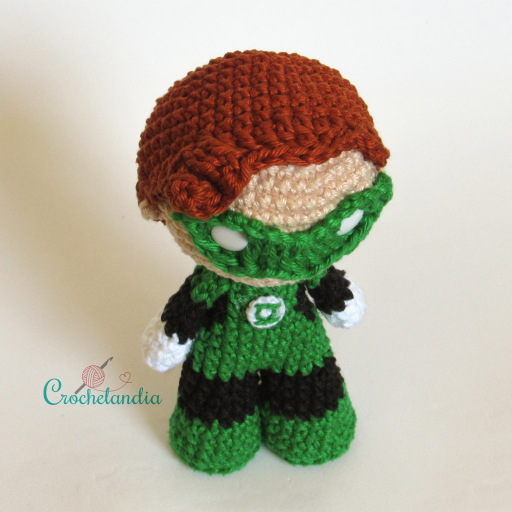 Toy Art Amigurumi Lanterna Verde - by Crochelandia