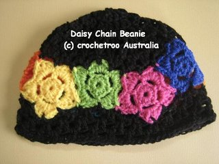 daisy chain free beanie crochet pattern from crochetroo