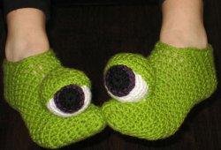 cro monster eyes slippers 0814
