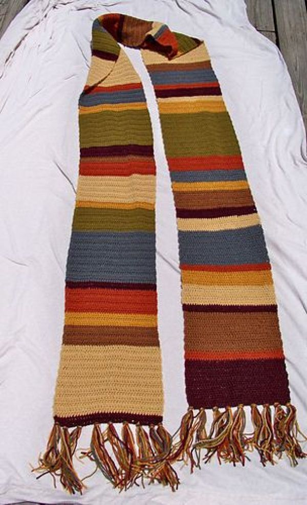 Free Knitting Pattern For Dr Who Scarf : 8 Dr. Who Inspired Crochet Patterns   Crochet
