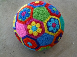 free-crochet-soccer-ball
