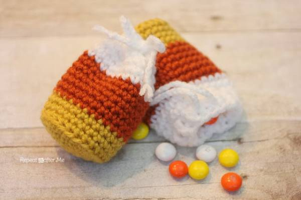 CandyCornPouch2
