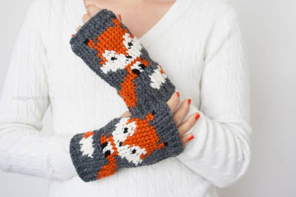 Knitting Pattern For Fox Mittens : Foxy Looking Fox Mittens   Crochet