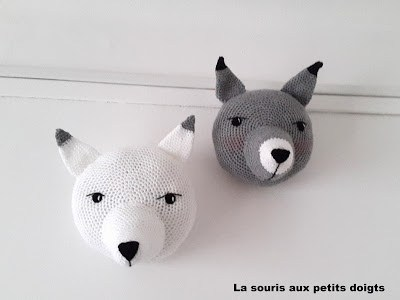 Free Pattern – Mounted Dog Heads