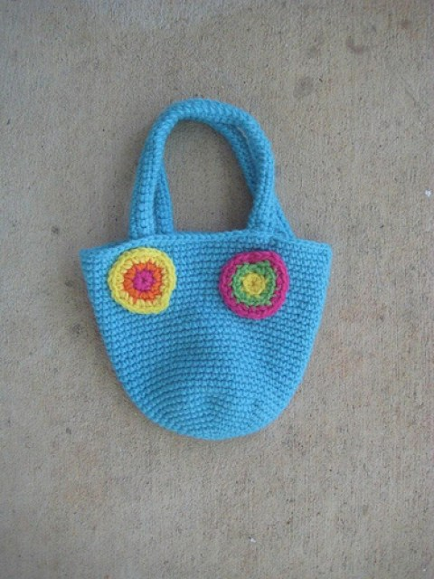 Your favorite you flower bag from Mr. Funky Crochet Wonderful