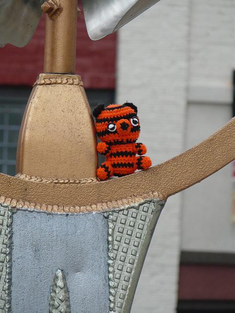 crochetbug, crochet tiger, amigurumi tiger, crochet toy, diy toy, washington dc, fourth of july, colossal head iv