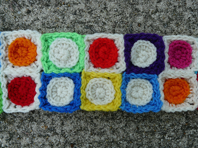 crochet squares crochet circles I got joined after I stopped thinking and started doing