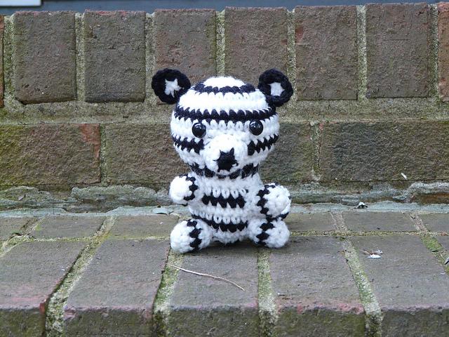 white crochet tiger crochet amigurumi tiger