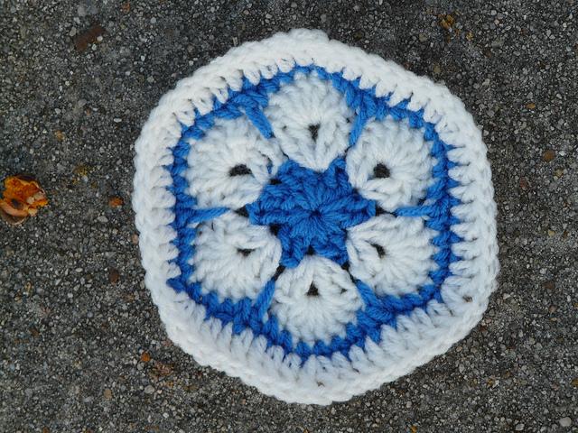 white flower crochet hexagon