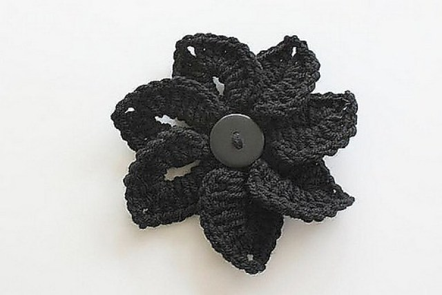 crochetbug, crochet flower, crochet crocodile stitch, crochet ornament