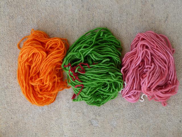 yarn after Kool-Aid dyeing