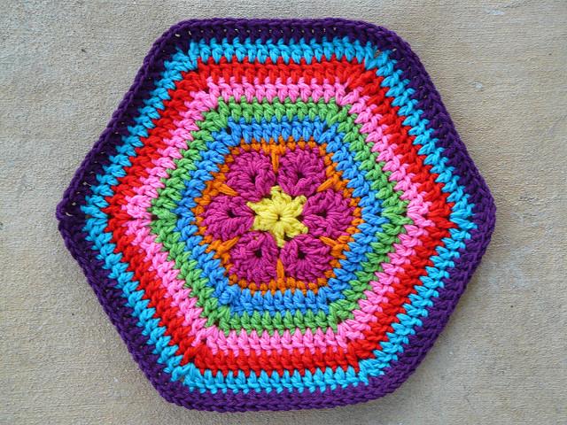 crochetbug, crochet pet mat, crochet flower, crochet hexagon, crochet mat
