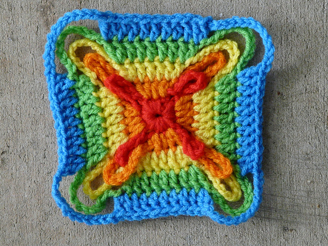 crochet square five rounds