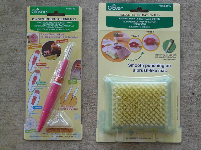 crochetbug, crochet, crochet tools, needle felting, needle felting pen, needle felting pad