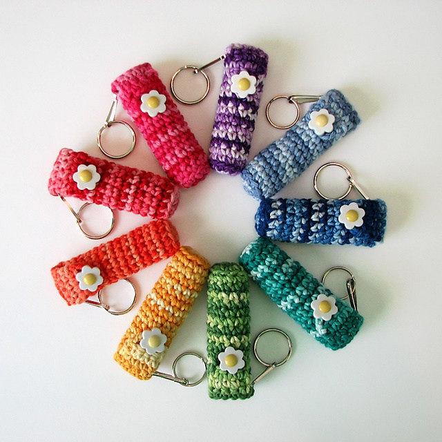 crochetbug, free crochet pattern, crochet lip balm holder, summer crochet