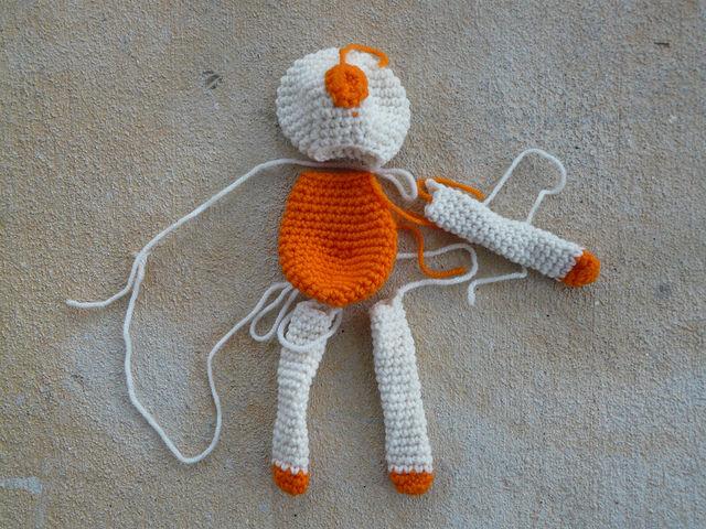 crochetbug, narumi ogawa, mr. funky's super crochet wonderful, crochet bear, amigurumi bear, crochet toy