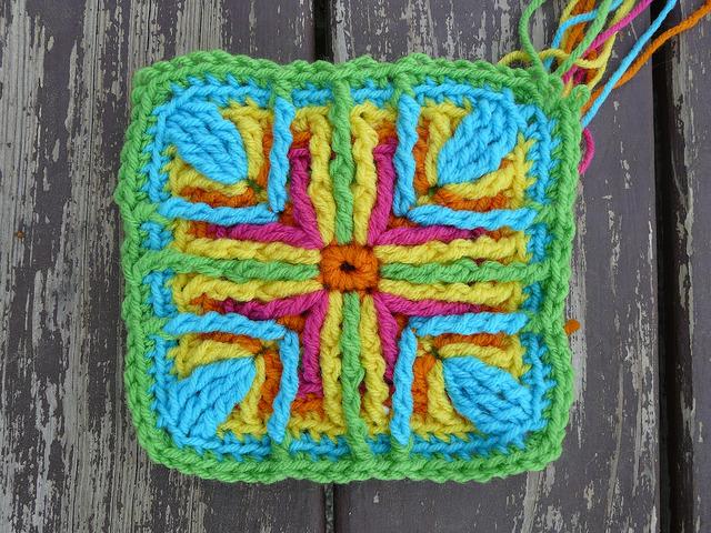 An experiment in overlay crochet