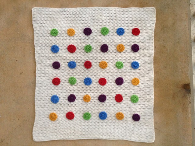 crochetbug, crochet blanket, crochet baby blanket, crochet afghan, crochet baby afghan, crochet dots, crochet circles, crochet appliqué, appliqué crochet