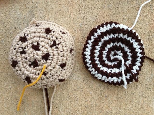 crochetbug, crochet cookies, crochet circles, crochet blanket, crochet throw, crochet afghan