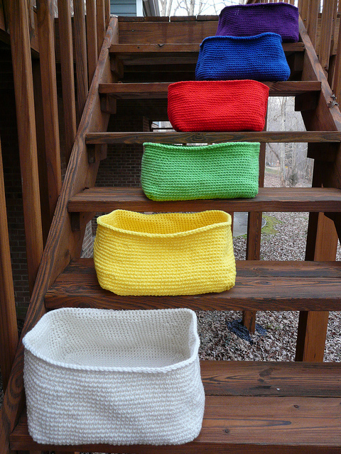 six crochet baskets