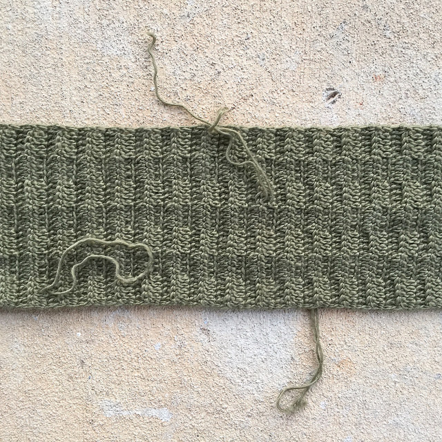 ends to be woven in on a crochet scarf
