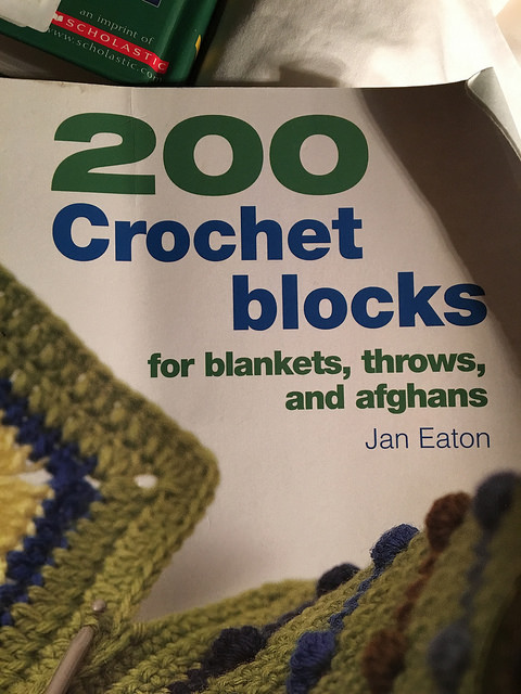An inadvertent book review of 200 Crochet Blocks