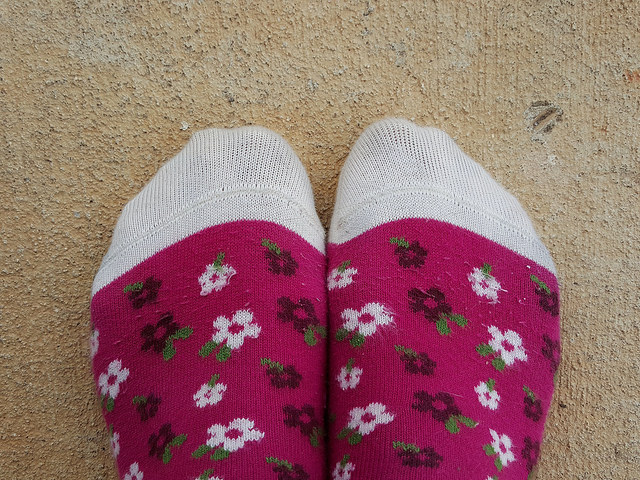 socks with flowers
