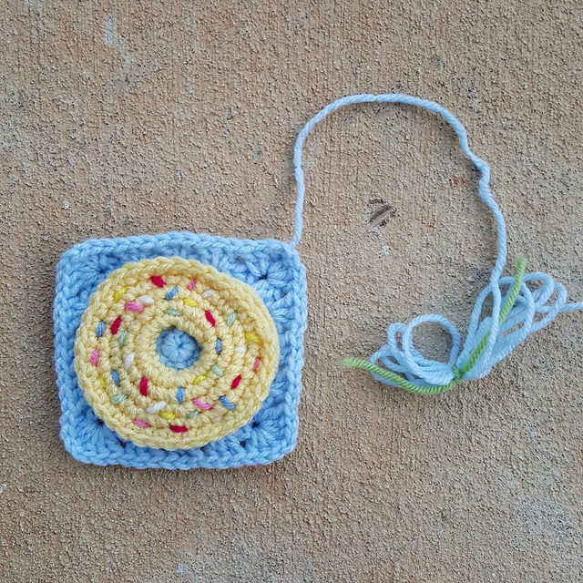 crochet donut granny square