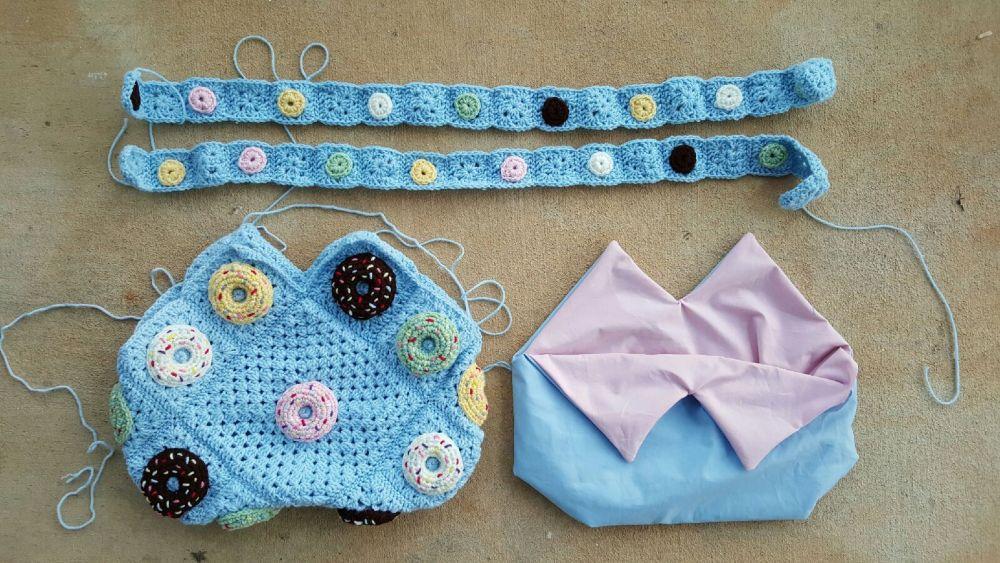 One bag to go: a future crochet donut granny square purse