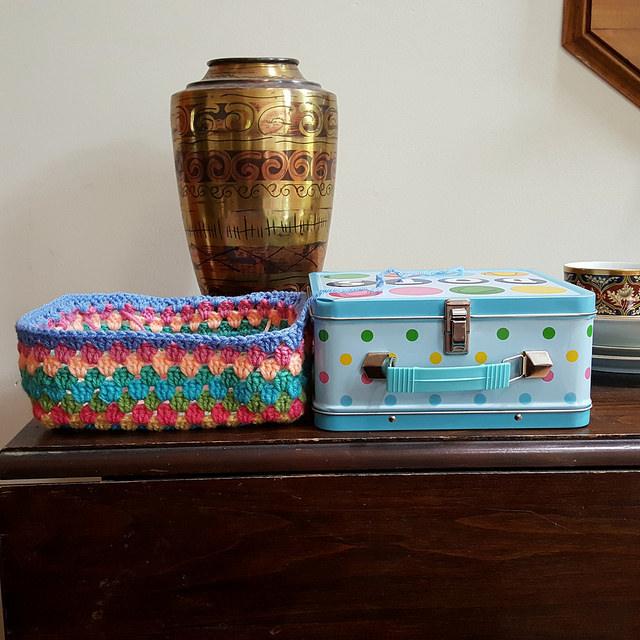 crochet lunch box