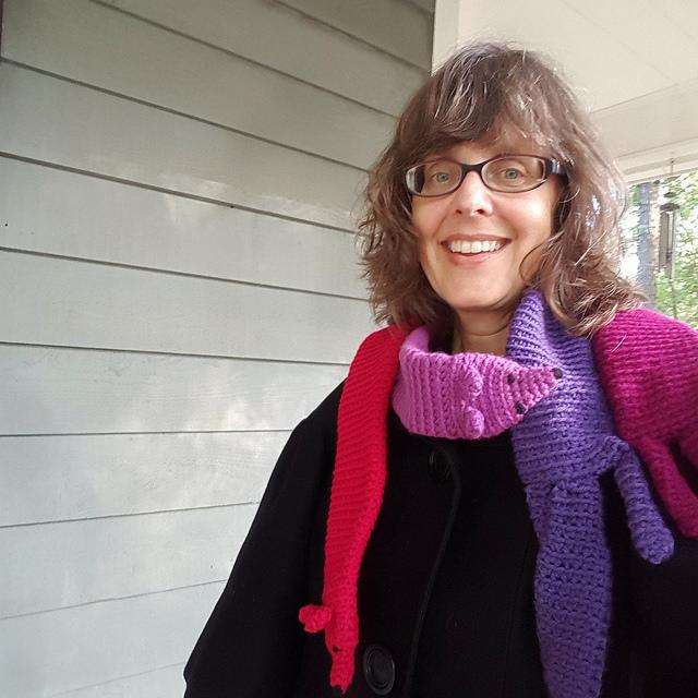 how to wear a crochet vinx stole