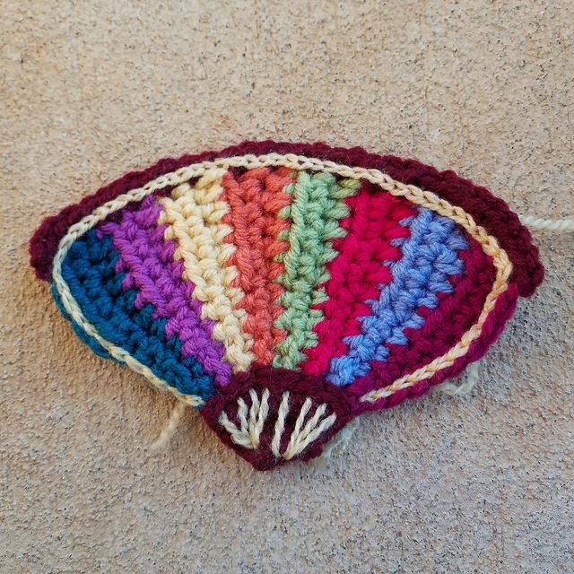 crochet fan with embroidery
