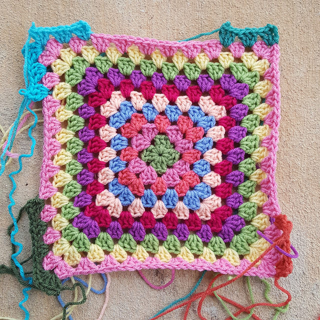 another round for a granny square