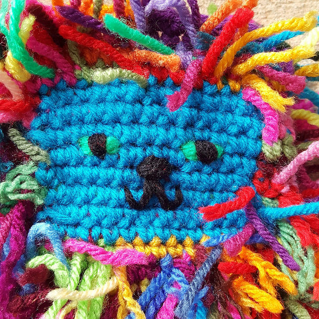 scrap crochet cat face
