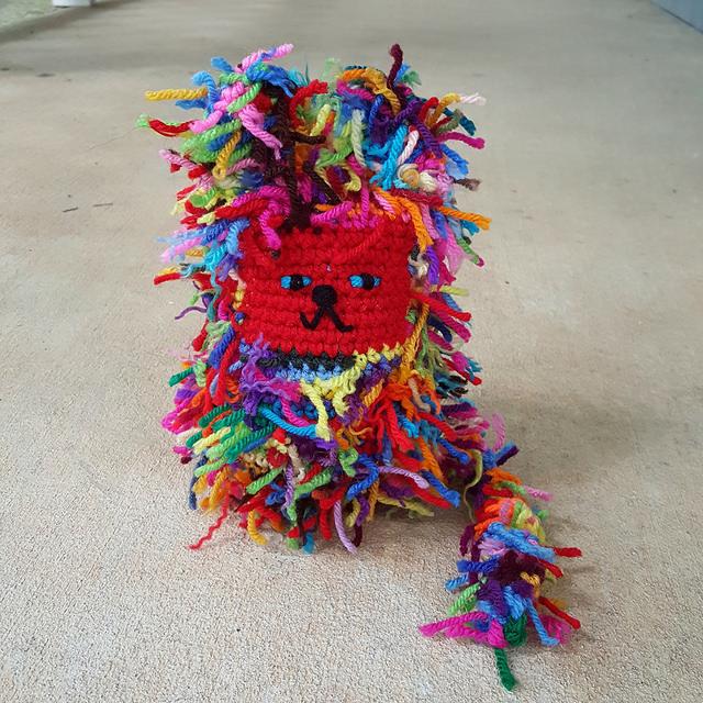 scrap yarn crochet cat