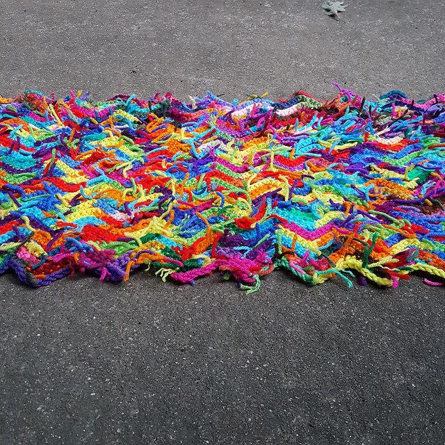 crochetbug, scrap yarn crochet ripple afghan, crochet ripple throw, crochet ripple blanket, use what you have, waste not want not
