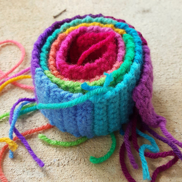 crochet purse strap, crochetbug, crochet strap, rainbow crochet, psychedelic crochet, transform the world with yarn